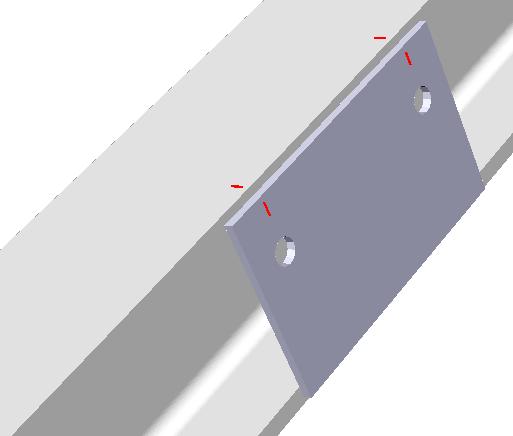 Voorbeeld van een plaat tegen de 2 flenzen waarbij de gat matchlijnen naar de flens werden overgebracht